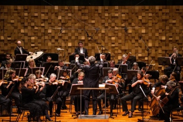WIN Clover Hill wines, thanks to Tasmanian Symphony Orchestra